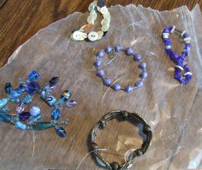 5 Bracelets Q2